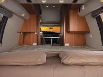 Bett im Campervan